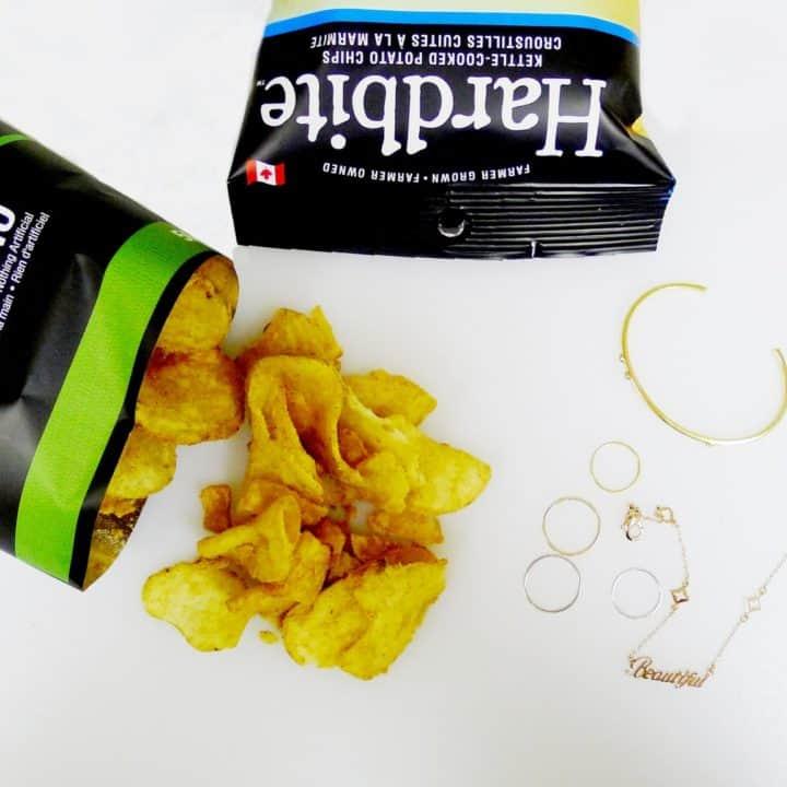 hardbite chips natural calories