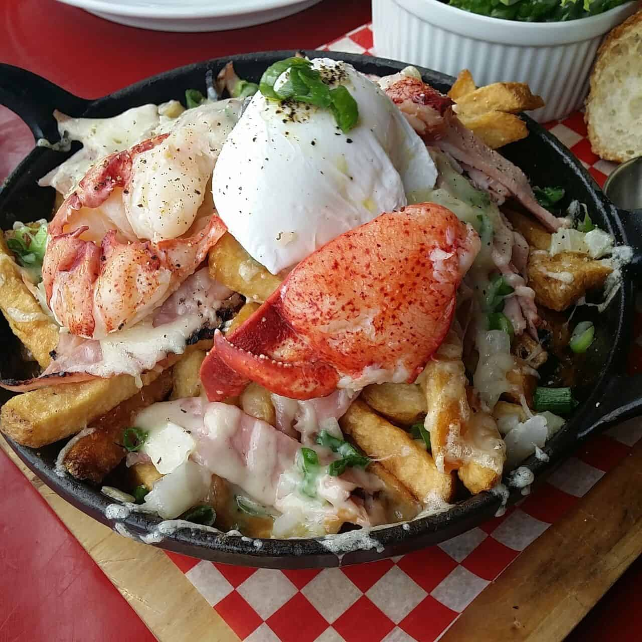 Linh Cafe Vancouver Kitsilano   Best Lobster Poutine
