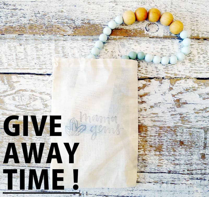CONTEST Mama Gems | Teething Necklace Silicone Wood