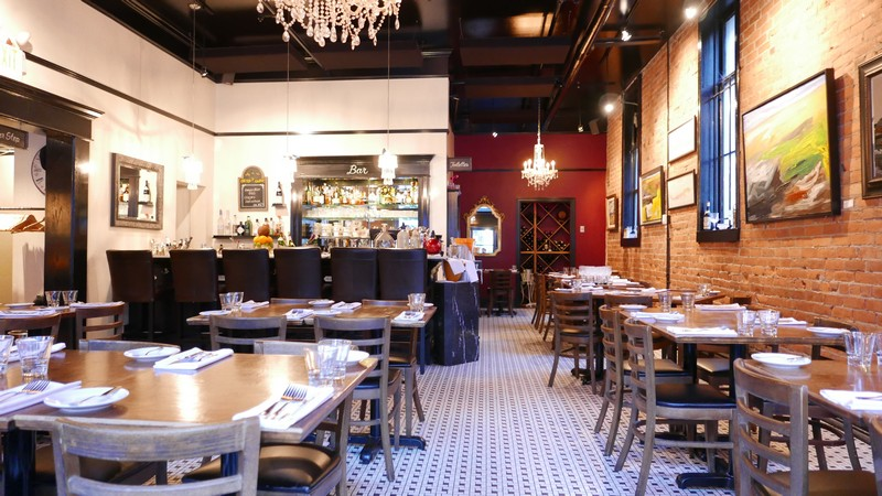 Jules bistro vancouver gastown french restaurant nomss - French cuisine vancouver ...