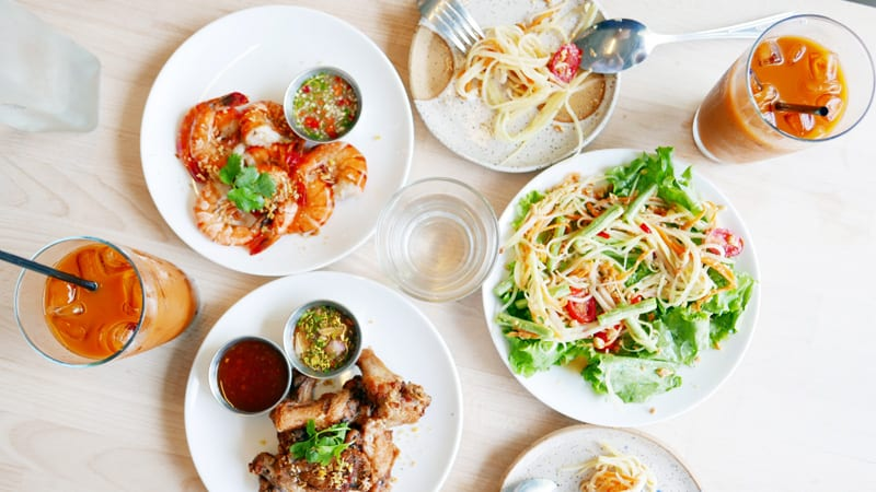 Kin Kao Thai Kitchen Vancouver Commercial Drive Mealshare Instanomss Nomss Delicious Food Photography Healthy Recipes Travel Lifestyle Canada