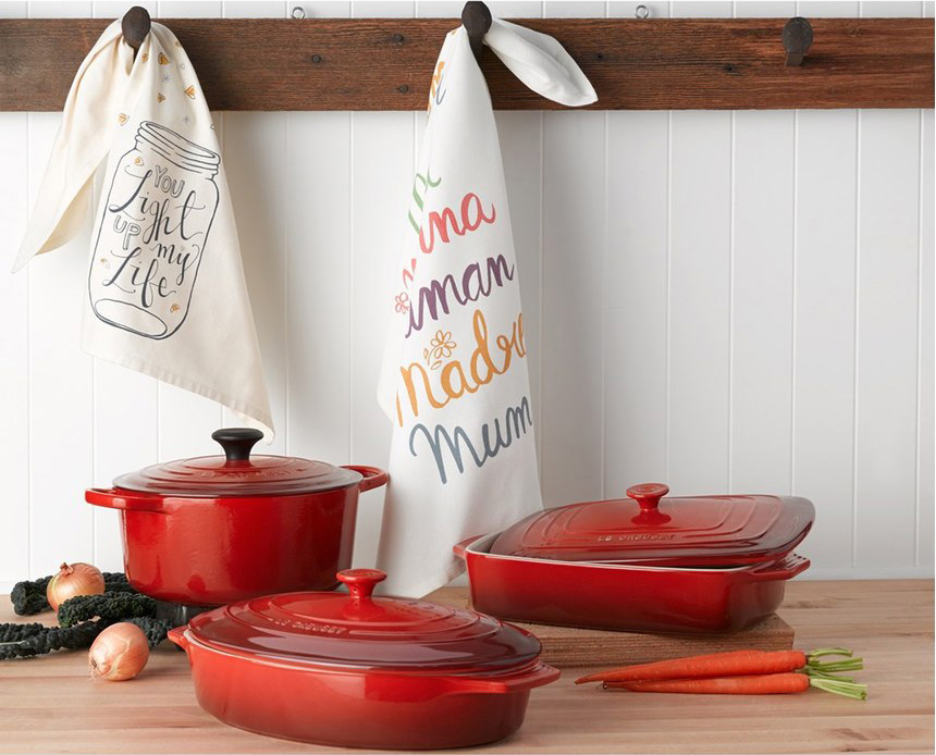 le-creuset-oval-cast-iron-set 10 Essential Kitchen Gadgets for Holiday Entertaining