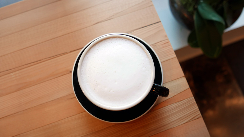 3-quarters-full-vancouver-cafe-taiwanese-coffeeshop-denman-west-end-english-bay-nomss-delicious-food-photography-healthy-travel-lifestyle1339