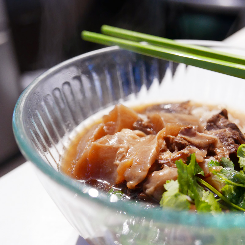 CHINESE BRAISED BEEF BRISKET TENDON NOMSS FOOD BLOG VANCOUVER