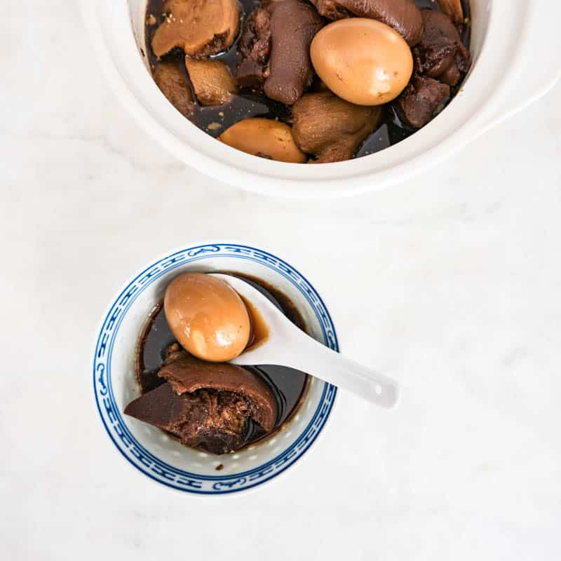 THE BEST BLACK VINEGAR PIG TROTTER AND GINGER RECIPE 豬腳薑醋   CHINESE PIG FEET POSTPARTUM RECIPE
